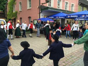 trachtengruppe-schwenningen-kulturnacht-2016_12