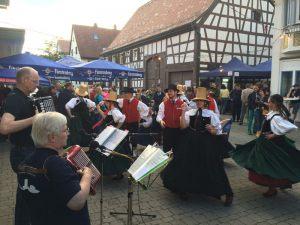 trachtengruppe-schwenningen-kulturnacht-2016_33